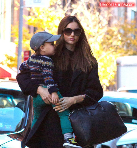 Miranda+Kerr makes 6 عکس های مدل مشهور جهان با پسرش