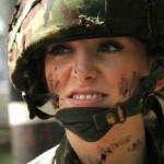 زیباترین سرباز زن در سال 2013