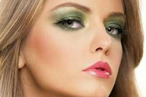 راهنمای قدم به قدم رفع آثار پیری با آرایش