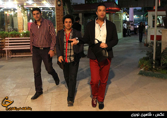 سوژه شدن کفش های لنگه به لنگه بنیامین + عکس www.campfa.ir
