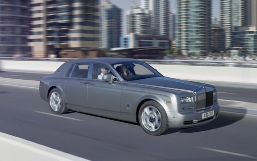 برترین خودروهای سال 2012| wWw.CampFa.ir