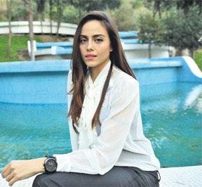 عکس های جدید آزرا در سریال عمر گل لاله