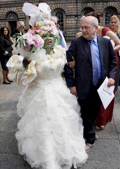عجیب ترین عروس دنیا + عکس | wWw.CampFa.ir