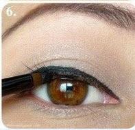 آرایش خط چشم و سایه چشم (تصویری) www.campfa.ir