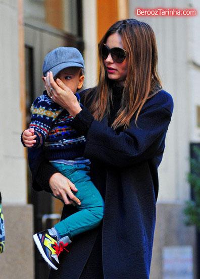 Miranda+Kerr makes 3 عکس های مدل مشهور جهان با پسرش