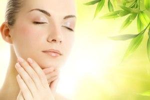با مواد طبیعی صورت تان را زیبا کنید|www.campfa.ir