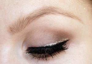 آموزش آرایش چشم مخصوص مهمانی - www.campfa.ir